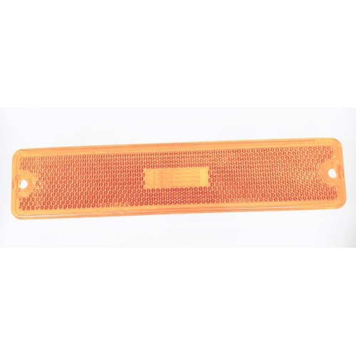 Omix-Ada 12401.06 Side Marker Light for 87-95 Jeep Wrangler YJ. Replaces OE 56001424